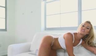 Darcie Belle & Nicki Ortega & Ceira Roberts in Obscene minds - MomsLickTeens