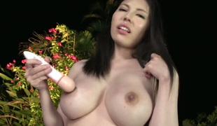 amatør puppene lesbisk store pupper blowjob onani fingring dildo leketøy titjob