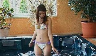 amatør virkelighet tenåring naturlige pupper onani fingring fitte solo bikini nærhet