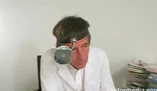 Versautes vom Frauenarzt aus Deutschland