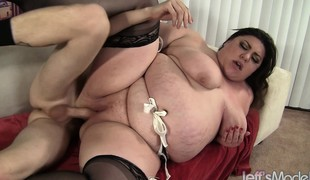 Curvy Bella shoves a large dick down her mouth and then wildly copulates it