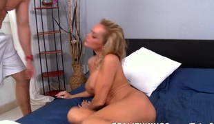 barbert blonde hardcore milf store pupper blowjob facial moden modell bil