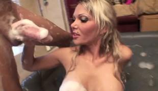 blonde milf store pupper pornostjerne blowjob massasje handjob