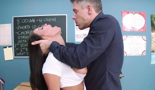 Peta Jensen with moist jugs gets a fuck with hard dicked dude Mick Blue