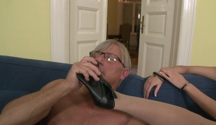 naturlige pupper blonde hardcore pornostjerne blowjob strømper par høye hæler nylon foot fetish