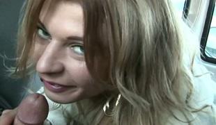 amatør tenåring naturlige pupper puppene blonde lesbisk blowjob sædsprut handjob enorme pupper