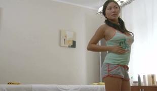 amatør tenåring brunette hardcore blowjob sædsprut massasje leketøy asiatisk japansk