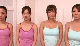 tenåring store pupper blowjob massasje handjob japansk gruppesex rett