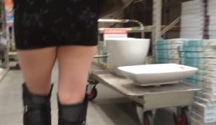 amatør voyeur offentlig bøye seg ass fitte skjørt leketøy