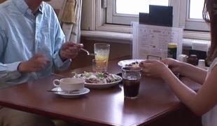 synspunkt utendørs blowjob handjob par japansk hd rett