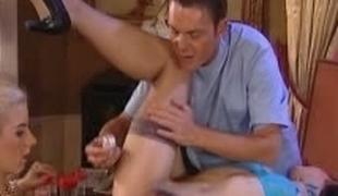 european brunette blonde hardcore blowjob lingerie strømper leketøy trekant fisting