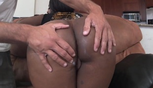 Layla Monroe with cool arse takes a dream shower in jizz flow act