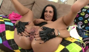 Fuck hungry tart Ava Addams with gigantic billibongs looking for a chance to get orgasm after hard bush fucking