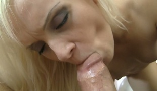 Charming blonde princess Dolly Spice gets nailed well