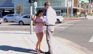 Abella Feels Soaked & Happy To Meet Her Tall Boyfriend