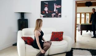 hardcore milf kyssing store pupper pornostjerne blowjob strømper sædsprut facial truser