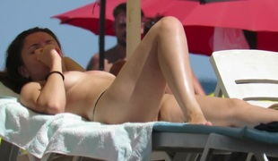 Amateur Young Gorgeous Topless Teens Beach Voyeur Close Up