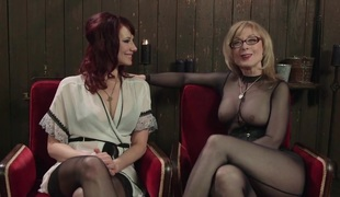 slikking lesbisk slem fitte kontor ludder webkamera striptease hd