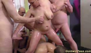 gangbang orgie