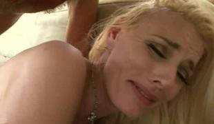 naturlige pupper brunette anal blonde hardcore blowjob leketøy stor kuk trekant asiatisk