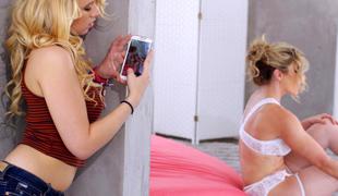 blonde milf pornostjerne lingerie mamma voyeur