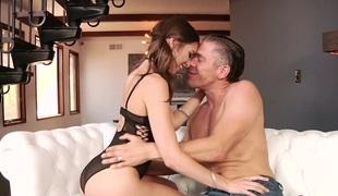 tenåring tynn vakker hardcore kyssing blowjob sædsprut ridning ass små pupper